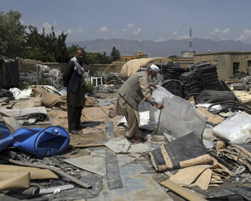 Afghanere ser etter gull på okkupasjonens søppelfylling