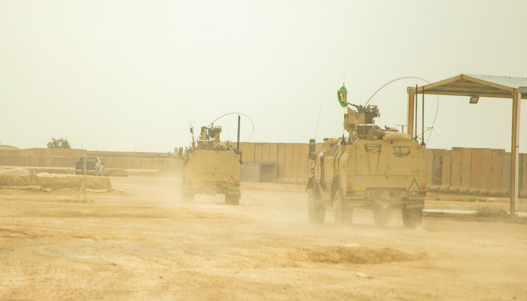 ANGREP: Flere raketter er skutt mot Ain al-Asad-basen i Irak som huser norske soldater. Bildet viser norske soldater i basen i 2020 .