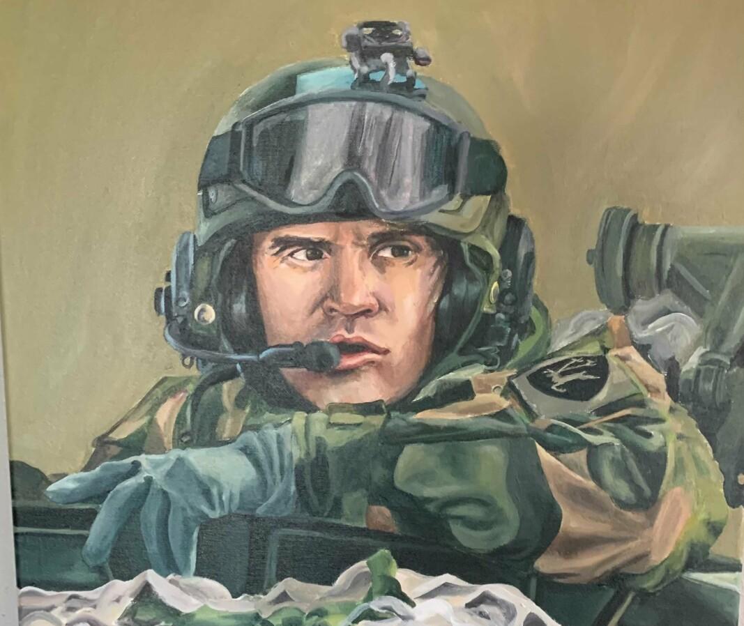 PORTRETT: Lars Lervik fikk et portrett av seg selv i 50-årsgave. Kunsteren er en tidligere soldat i Hæren, Ida Marie Drøivoldsmo.