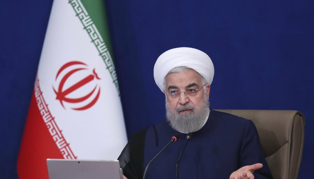 KASTET BORT: Avtrappende president Hassan Rouhani sa onsdag at Iran trolig har kastet bort sjansene for en ny atomavtale med USA, som kan føre til at de økonomiske sanksjonene mot landet blir løftet.