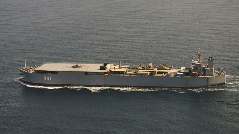 Iranske marinefartøy følges av det danske forsvaret