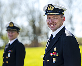 MANGFOLD: – Kvinner i forsvaret gir et større mangfold, sier kommandør Ronny Kristoffersen på KNM Harald Haarfagre.