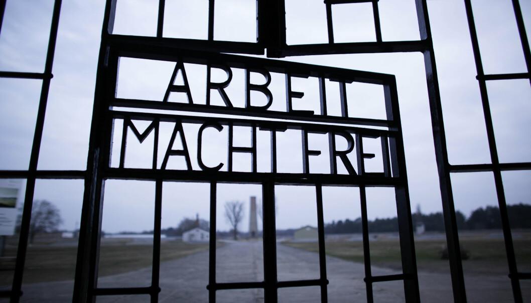 DØDSLEIR: «Arbeid setter deg fri», står det på porten inn til konsentrasjonsleiren Sachsenhausen i Ornienburg utenfor Berlin. Rundt 2000 nordmenn satt i lengre tid i konsentrasjonsleiren, og rundt 200 av dem døde i løpet av fangenskapet.