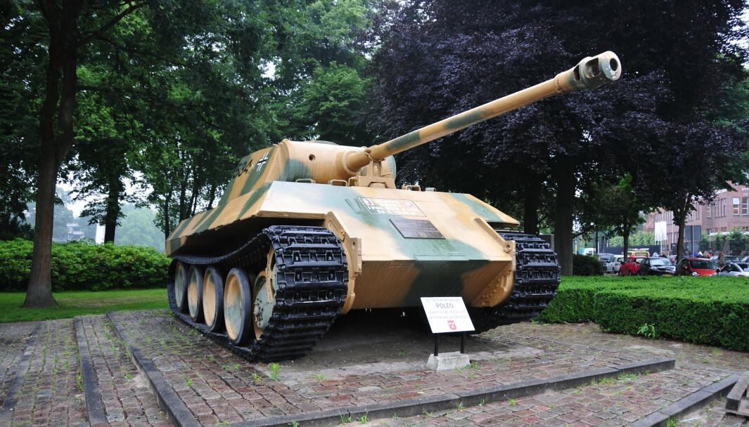 STRIDSVOGN: En 84-år gammel tysker risikerer millionbot, blant annet som følge av å ha oppbevart en «Panther» stridsvogn i kjelleren. Denne stridsvognen står imidlertid utstilt i Nederland.