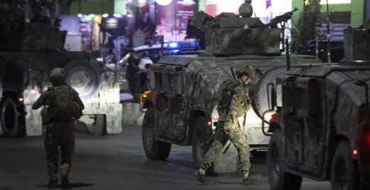 Åtte drept i bombeangrep mot afghansk forsvarsminister