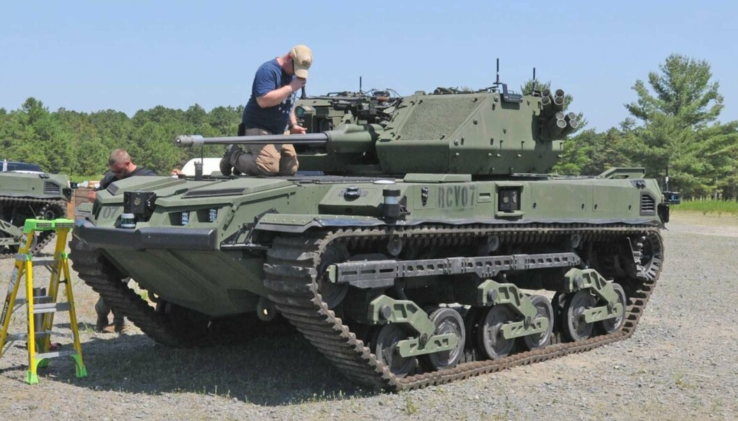 «MINI-TANK»: Det ubemannede kjøretøyet Ripsaw M5 med tårn fra Kongsberg Gruppen under testingen i Fort Dix.