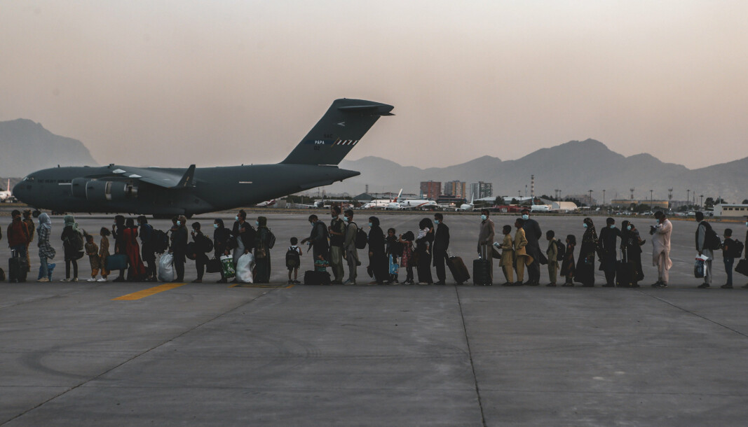 KABUL: I et slikt C-17-fly ble en liten jente født under evakuering. Nå har hun fått navnet sitt.