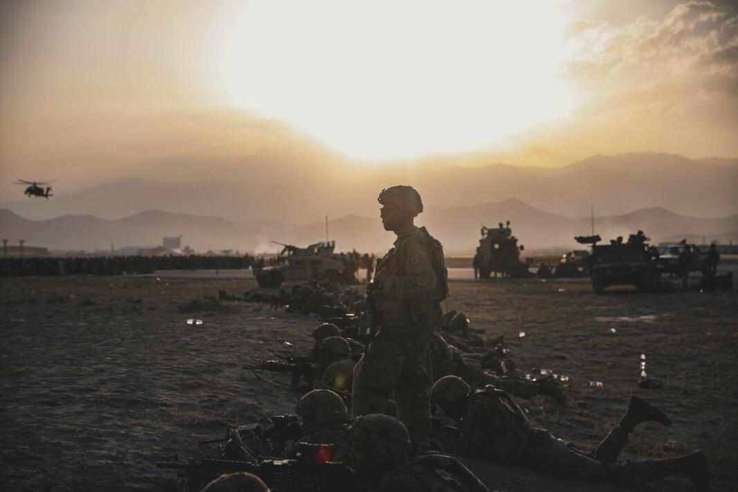 KABUL: Amerikanske soldater på flyplassen i Kabul 16. august, dagen etter at Taliban inntok byen.