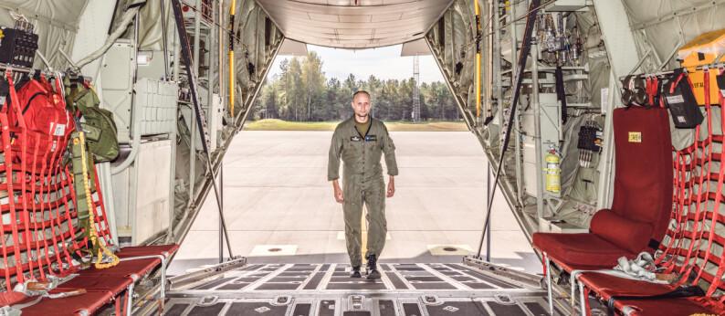 Tunge spesialsoldater ødela vektbalansen da Norges Hercules skulle forlate Afghanistan for siste gang