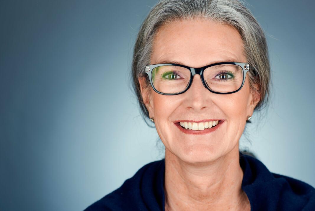 LUKT-PYSE: Birgitte Frisch i Forsvarsdepartementet sliter med at hun i detalj kan beskrive hvordan folk rundt seg henger opp klær til tørk og om de dusjer daglig.