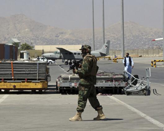 Taliban lar 200 sivile få forlate Afghanistan