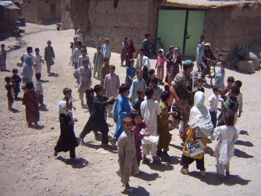Første gang Odd-Einar Nygård dro til Kabul var i 2003. Da gikk de patruljer tett på befolkningen.