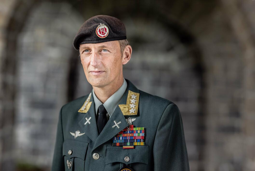 OMT: Forsvarssjef Eirik Kristoffersen mener at Ordning for militært tilsatte (OMT) er viktig for Forsvarets operative evne.
