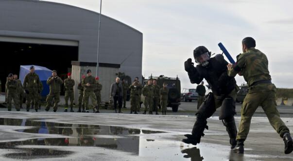 – Forsvaret er nødt til å nå ut til ungdom mye tidligere