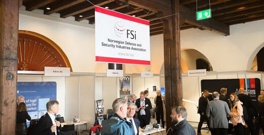 Våpen, droner og kunstig intelligens: Nå er FSi-messen i gang