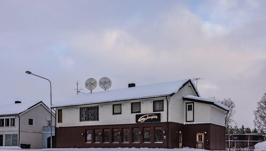 BY: Svingen café er blant flere serveringssteder der Bardufoss' over 2500 innbyggere kan feire den nye bystatusen.