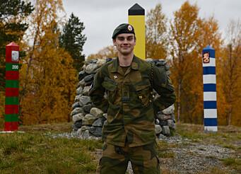 GRENSEVAKT: Erlend Sten Klokkerud er en av de som vokter den norsk-russiske grensen til daglig.