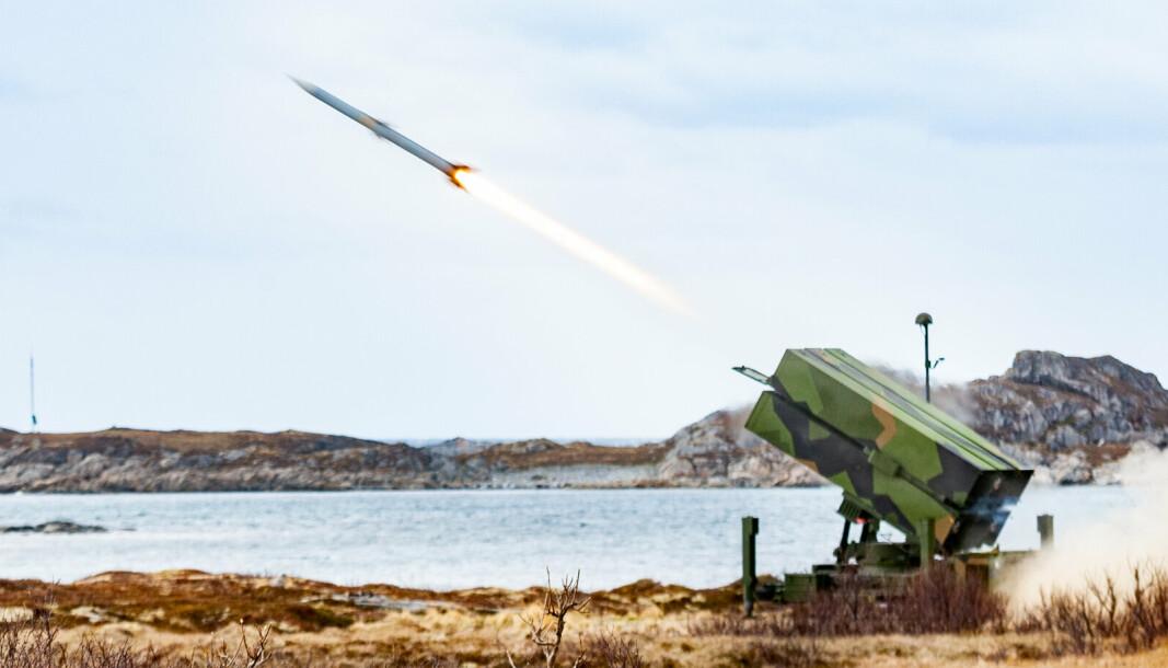 VOKSER: Forsvarsindustrien opplevde en sterk vekst i 2020. Eksport av Nasams-luftvern er en av årsakene til økningen.