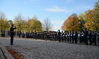 Parade for åpning av Stortinget: – Forsvaret slår konkret og synlig ring om demokratiet