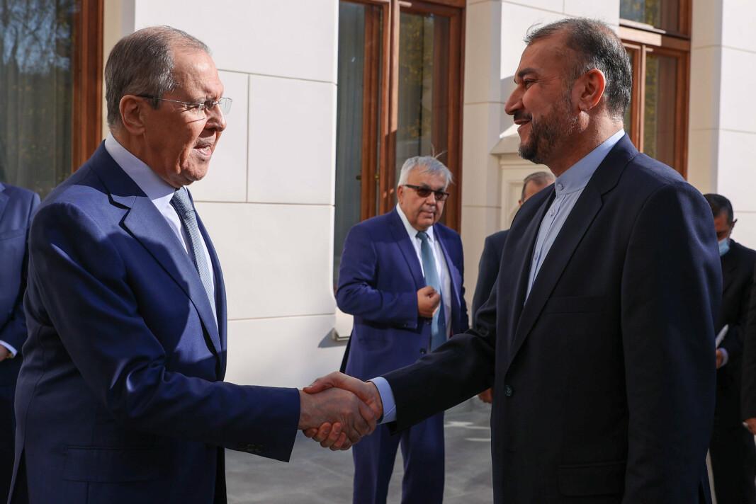 I MOSKVA: Russlands utenriksminister Sergej Lavrov og Irans utenriksminister Hossein Amir-Abdollahian under et møte i Moskva 6. oktober.