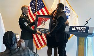 Denzel Washington blir sersjantmajor
